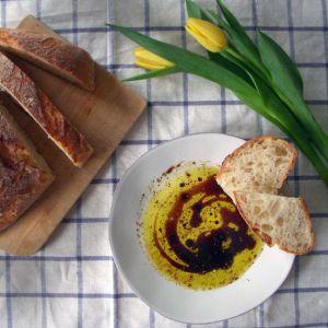 becdfe3131b5ba71c9057462e8226793--olive-oil-bread-dip-italian-restaurants