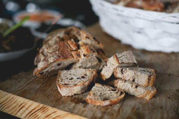 baked-goods-blur-bread-1555813